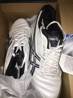 Asics Gel-Provost Womens Soccer Cleats Size 9. New. Black/Wh