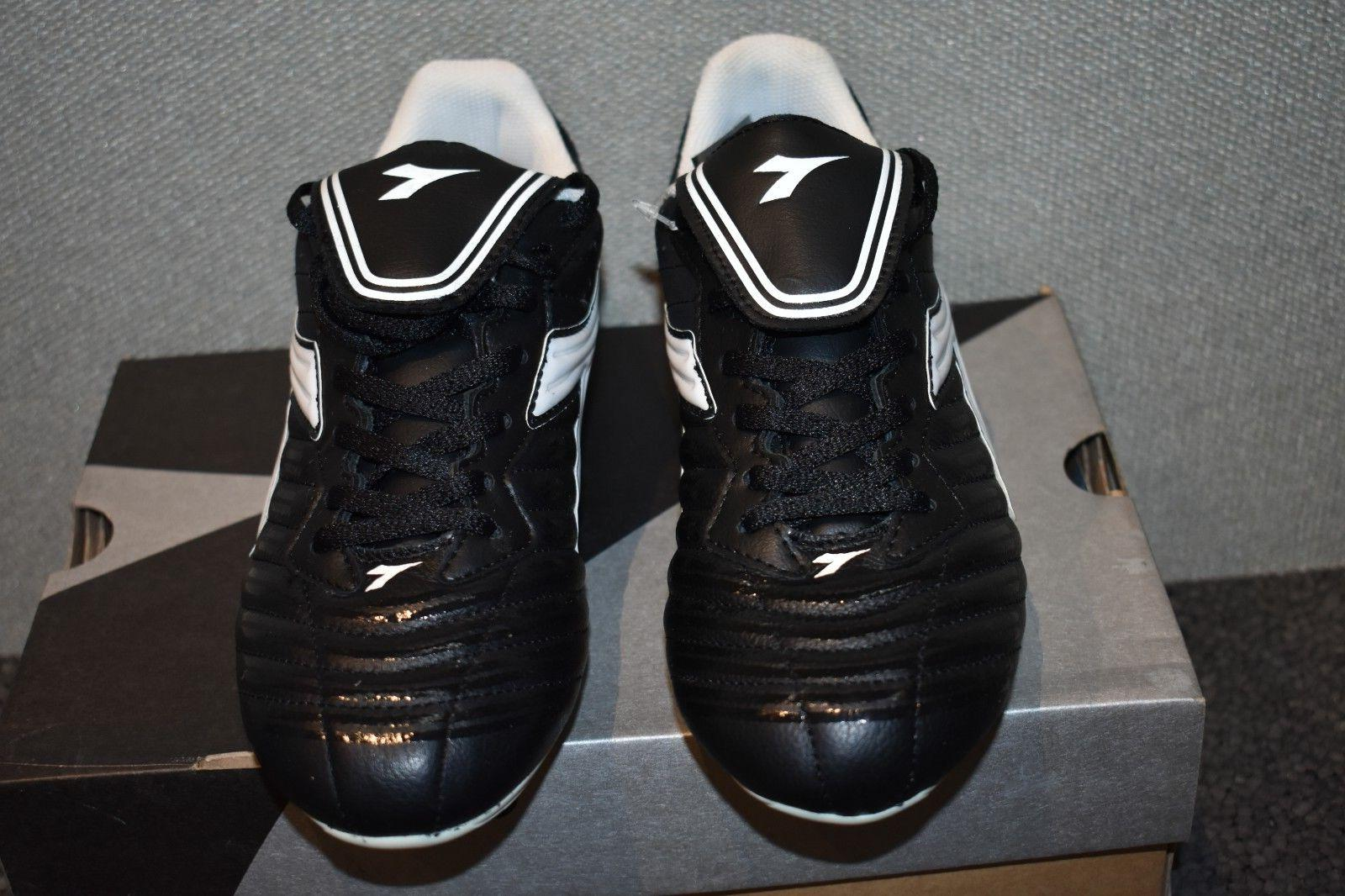 Mens Scudetto LT MD Black and Cleats