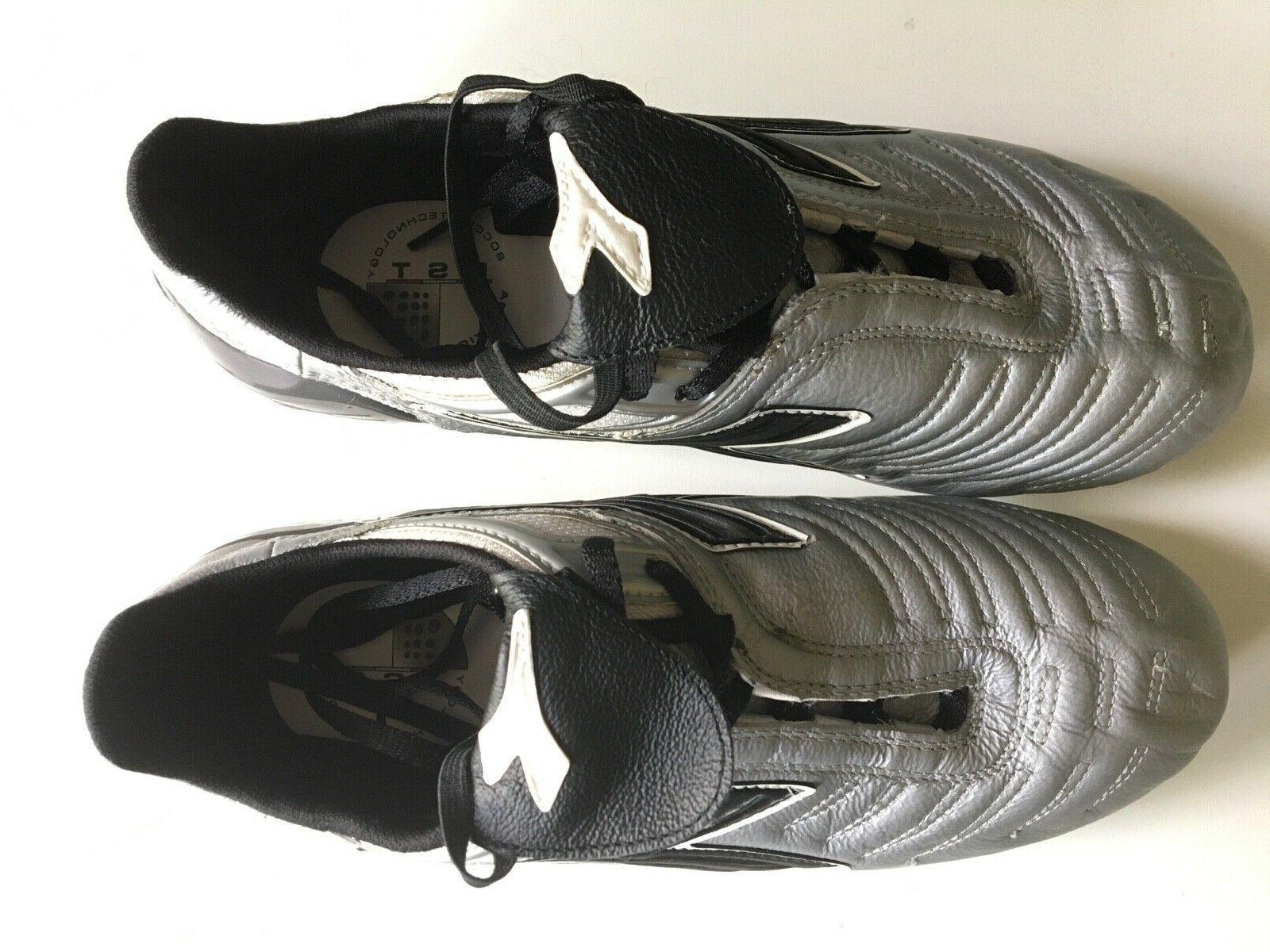 NEW Diadora Mens Soccer 7