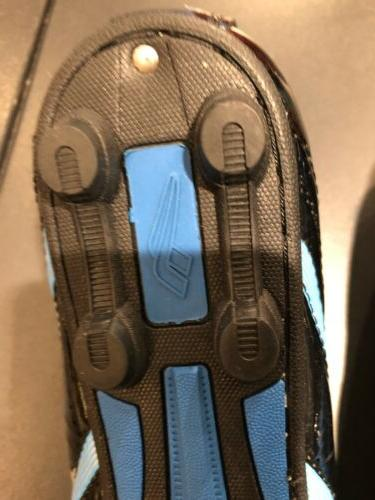 Soccer cleats Shoes size 5 to