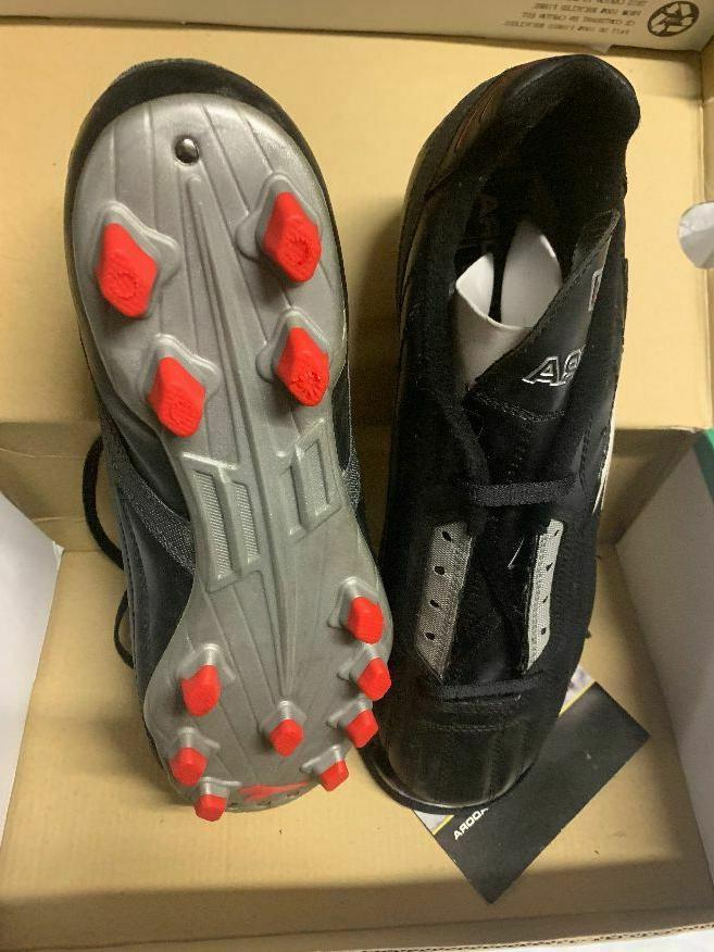 soccer football shoes cleats size 9 5men