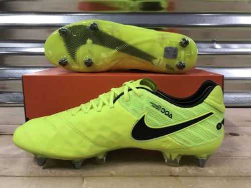 Nike Legend 6 SG-Pro ACC Soccer Cleats