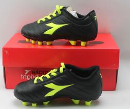 Diadora Soccer Cleats Black and Yellow Youth size 4.5Yellow